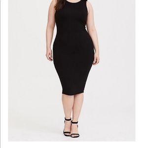 Torrid body con dress In black Size 2 plus size